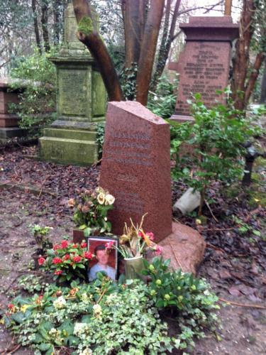 Highgate cemetery West Litwinenko grave