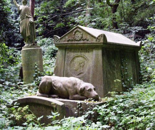 Highgate cementery East grób Thomasa Seyersa