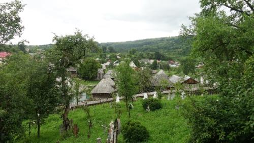 Bârsana – cmentarz wokół cerkwi