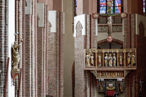 Wnętrze katedry św. Jakuba Apostoła