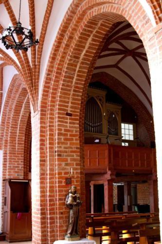 Karlino – wnętrza kościoła św.Michała Archanioła